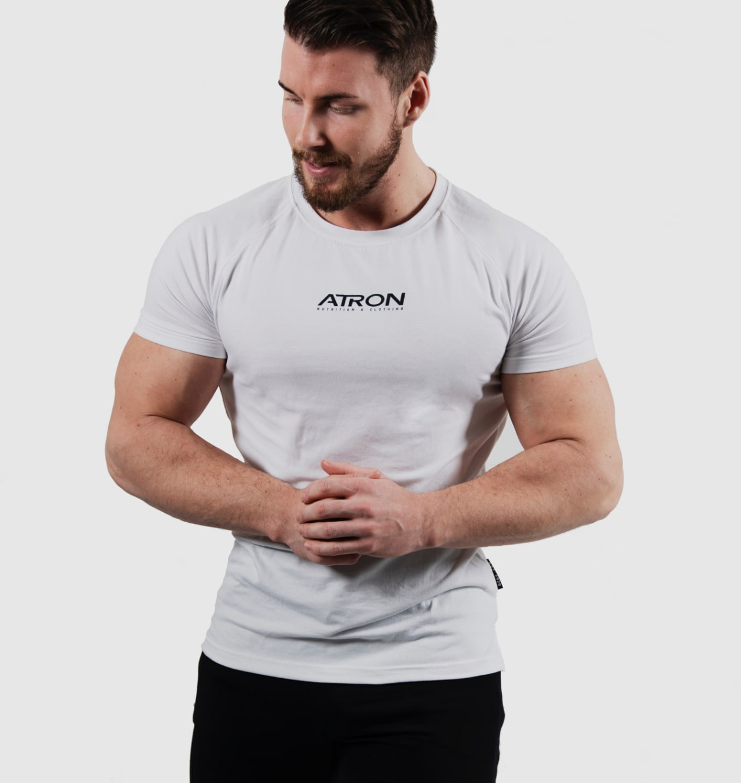 T-shirt med tryck ATRON och Since day one