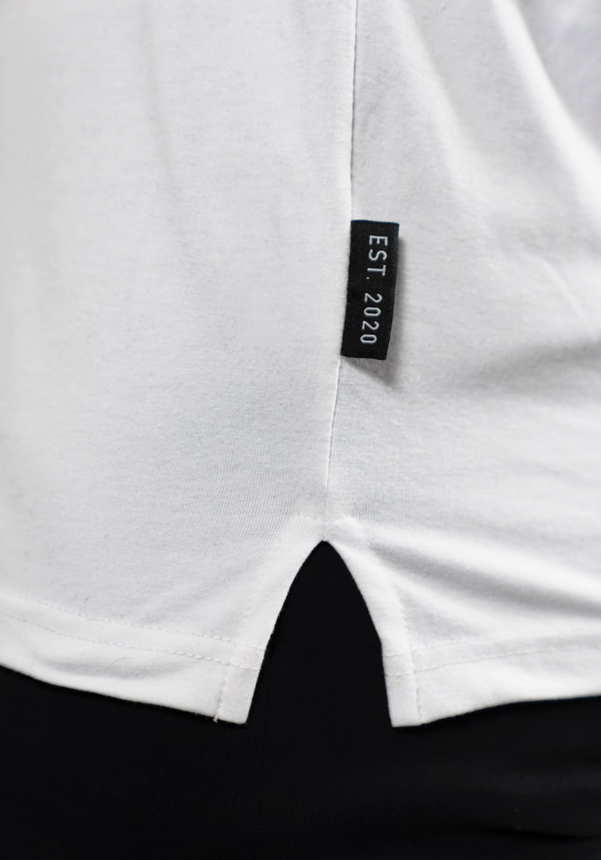 T-shirt splits
